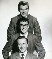 220px-Buddy_Holly_&_The_Crickets_publicity_portrait_-_cropped